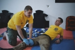 paramedic_in_fight32.jpg