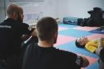 paramedic_in_fight42.jpg