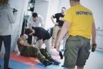 paramedic_in_fight11.jpg