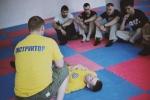 paramedic_in_fight39.jpg